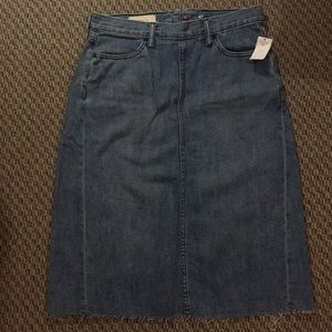 Gap denim skirt with frayed hem